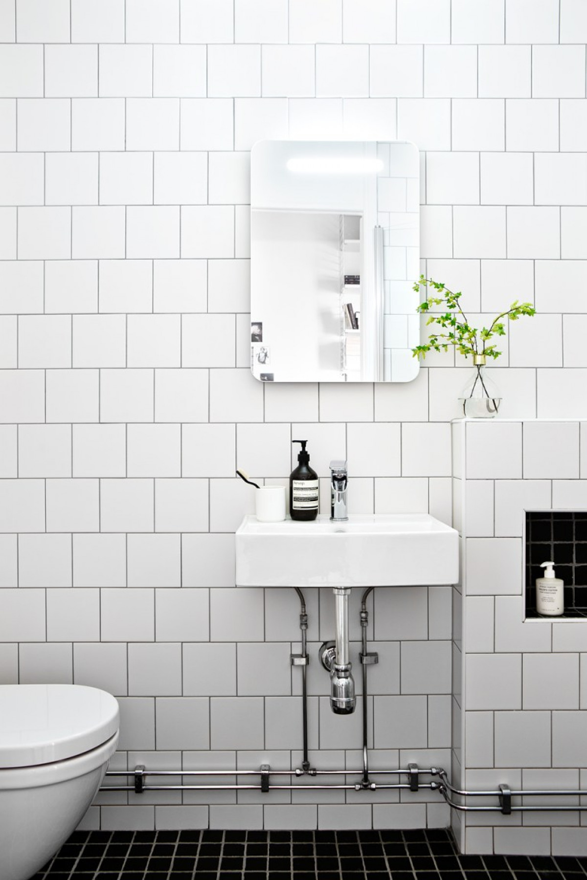 26 Small Bathroom Ideas & Images to Inspire You | British Ceramic Tile